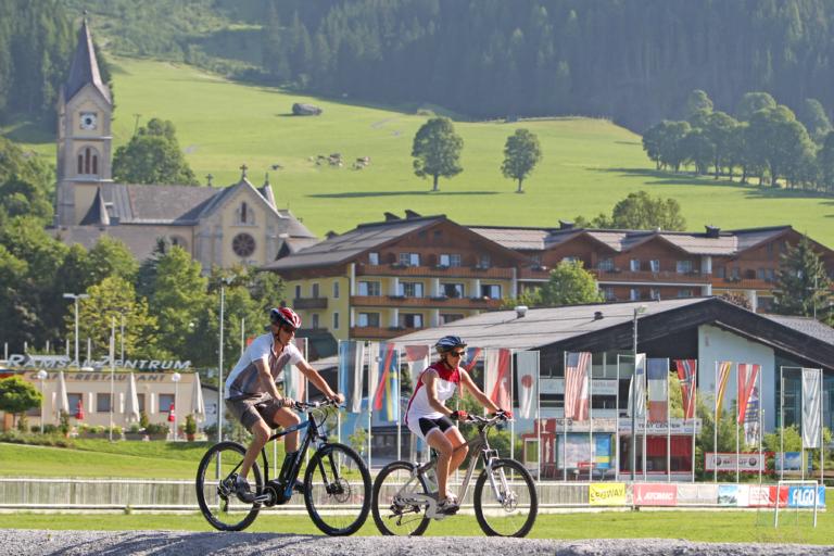 E-Bike Vergnügen direkt vom Hotel Timmelbauerhof