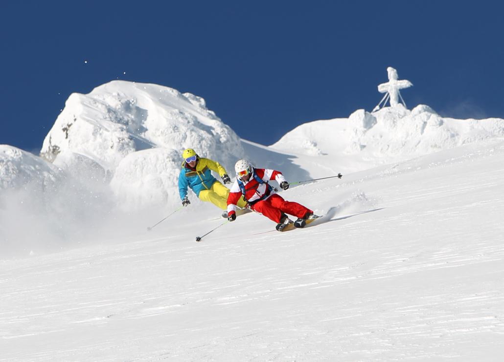 Alpin Skifahren am Dachstein Gletschergebiet