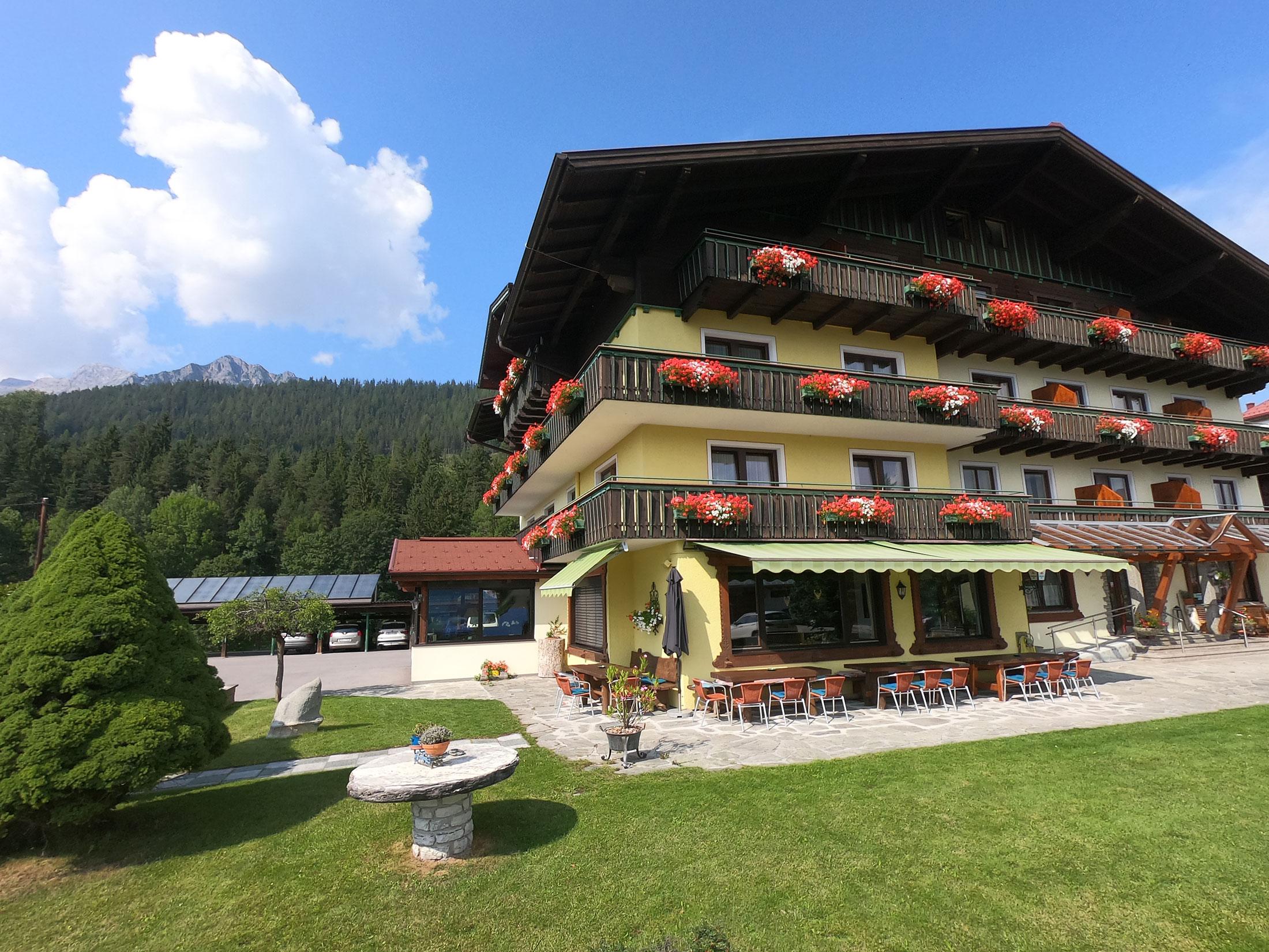 Hotel Timmerbauerhof Sommerterrasse